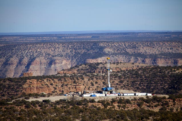 A drilling rig operated by Nabers Co. drilling on land leased by the Bill Barrett Corporation from the federal government near Vernal, Utah, March 21, 2012. (Photo: Jim Wilson / The New York Times)